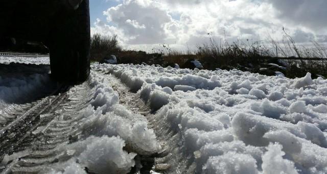 Crollo delle temperature che anticipa il fine settimana, spunta anche la neve, e non solo in alta quota.
