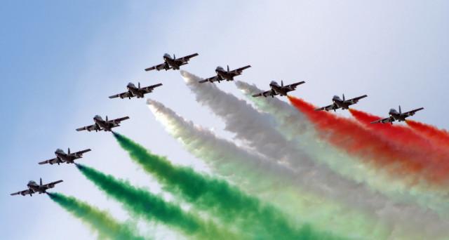 Perché il 2 giugno si celebra la festa della Repubblica? Ecco alcune curiosità.