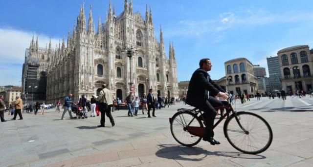 A Roma nuovo blocco del traffico domenica 23 febbraio, a Milano si pensa intanto alle domeniche ecologiche durante gli eventi sportivi.