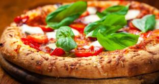 Pizzamania con Pizza Day, gli americani festeggiano: qual è il gusto più venduto?