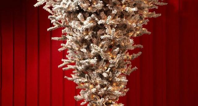 Immagini Natale Usa.Alberi Di Natale Capovolti A 1000 Dollari Arriva La Nuova Tendenza