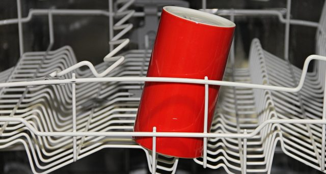 Il Salvagente riporta le marche più affidabili delle lavastoviglie a seguito di un sondaggio di Consumer Reports.