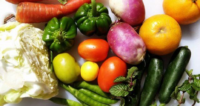 La frutta, un alimento essenziale soprattutto d'estate, ma quanta mangiarne?