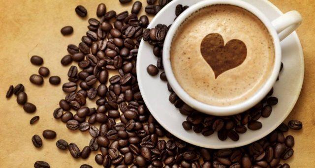 Nuovo studio rivela che non è vero che il caffè fa male alle nostre arterie.
