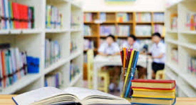 Le idee di Fioramonti riguardo il concorso scuola 2020 e il nodo Salvaprecari: la selezione deve essere per merito. Intanto il nuovo a.s. inizia nel caos.