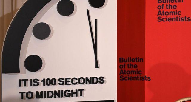 Il Doomsday clock ci spaventa, gli scienziati ci avvertono, questo il peggior momento storico di sempre.