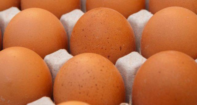 Nuovi lotti di uova ritirati dal mercato, c'è il rischio di infezione da salmonella.