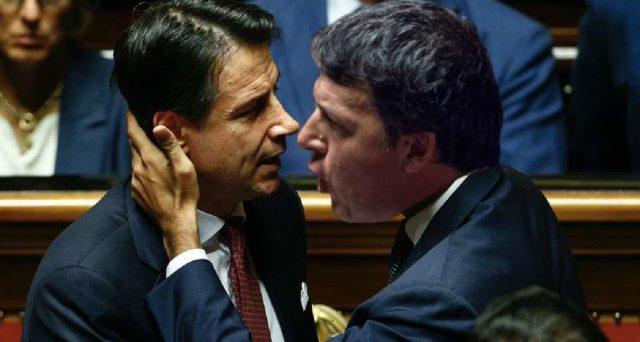 Ancora in nettissimo calo il M5S, mentre al centro c'è lo scontro tra Conte e Renzi. News sondaggi elettorali Tg di La7.