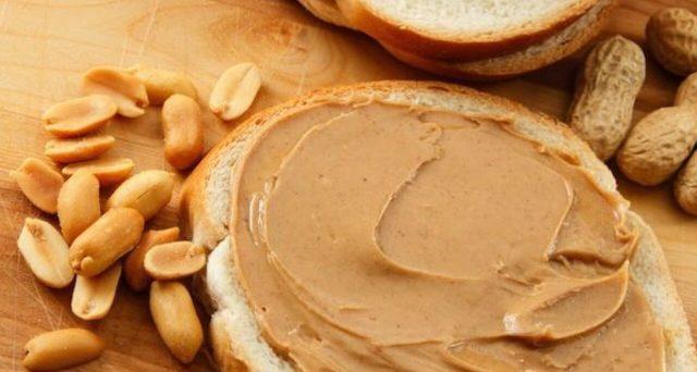 Si tratta di un alimento molto utilizzato negli Usa e che da poco è arrivato anche in Italia. Cos'è e quali caratteristiche ha il burro d'arachidi.
