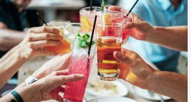 Secondo uno studio targato Cdc degli Stati Uniti sembrerebbe che il mangiare all'aperto al ristorante metterebbe più a rischio di contagio da Coronavirus.