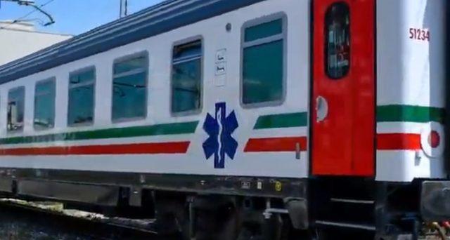 Tamponi di superficie trovano virus nei treni dopo blitz dei Nas