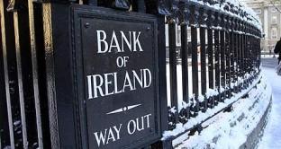 Il governo irlandese ha deciso di azzerare sei titoli obbligazionari irlandesi già oggetto di ristrutturazione. Un colpo di spugna contro la crisi ma che avrà delle pesanti ricadute sui portafogli degli investitori. Intanto l'ex tigre celtica sta lentamente uscendo dalla crisi: i titoli di stato sembrano più sicuri di quelli italiani