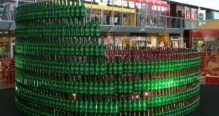 Altro che crisi dei consumi, il produttore di birra più famoso al mondo vanta una crescita da primato. Dopo i conti del 2011 Standard & Poor's assegna un rating pari a quello dell'Italia.