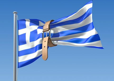 La Grecia non riesce a tagliare efficacemente le spese e a fare le riforme. A rischio la tranche di aiuti di Ottobre. Saranno rinegoziati anche i 46 miliardi di titoli detenuti dalla BCE.