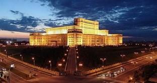 Nonostante i grossi problemi economici, Bucarest ha collocato con successo obbligazioni per 1,5 miliardi di euro. Buone le previsioni di Moody's per il 2013