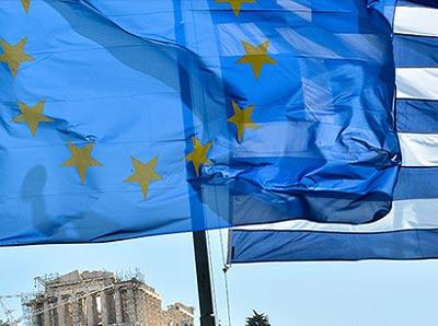 Possibile taglia-debito per 30 miliardi. Lo Swap entro venerdì. La Germania apre la porta a una futura ristrutturazione del debito greco