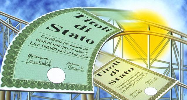 Il Tesoro ha fatto il pieno di ordini per collocare 6 miliardi di euro con scadenza 2044. Richieste da tutto il mondo e tassi in discesa, nonostante l'economia il nuovo record sul debito pubblico e il crollo del Pil trimestrale