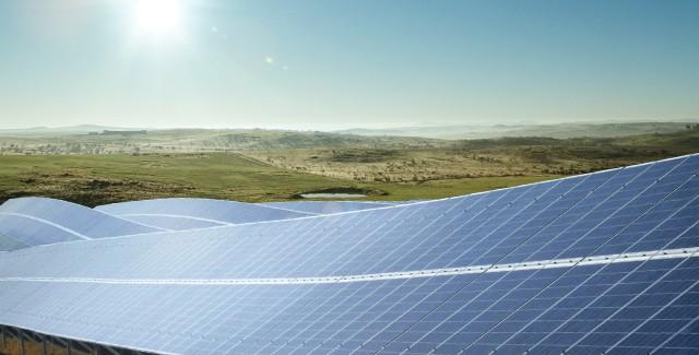 Si concluderà il prossimo inverno la lunga e complessa ristrutturazione finanziaria del gruppo fotovoltaico tedesco. Agli obbligazionisti andranno nuove azioni e obbligazioni in cambio degli attuali titoli