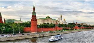 Il Pil della Federazione crescerà quest'anno solo dell'1,8%. Si teme fuga di capitali, mentre il rublo si indebolisce e i tassi sui bond governativi a lungo termine salgono. Rischio bolla immobiliare