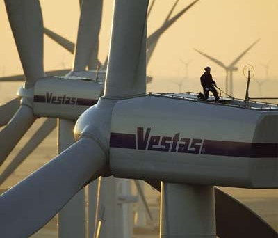Le obbligazioni Vestas Wind System sono tornate sopra la pari dopo il miglioramento dei conti nel settore eolico