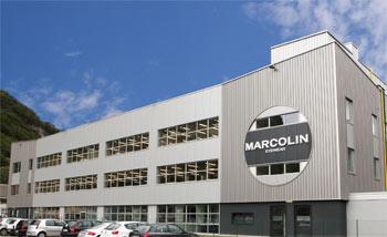Marcolin ha collocato obbligazioni a tasso variabile per 250 milioni (XS1562036704). In negoziazione su Borsa Italiana per tagli da 100.000 euro