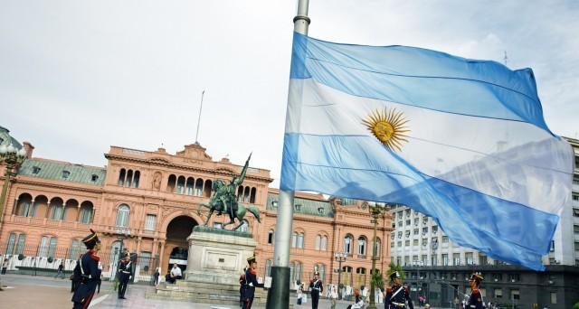 Boom di domande per le nuove obbligazioni argentine. Rendimento atteso per il bond a 10 anni inferiore al 8%