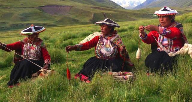 La Repubblica del Perù ha lanciato un prestito obbligazionario in dollari con cedole al 4,125% (US715638BU55). Rating BBB+