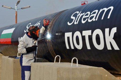 La speculazione sul petrolio (e sul rublo) sta mettendo a dura prova i titoli di stato russi. Anche le obbligazioni in dollari sono sotto pressione. Il giudizio degli esperti