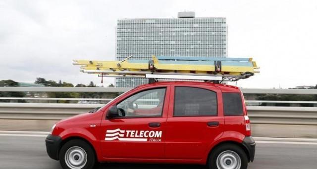 Rendimenti al minimo per le nuove obbligazioni del colosso telefonico. Il ricavato sarà utilizzato per estinguere anticipatamente altri titoli