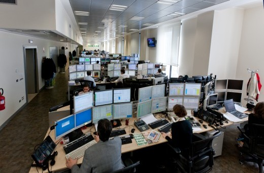 Banca IMI quota nuovi bond in euro con cedole fisse e variabili (XS1534969511). Taglio minimo 1.000 euro e scadenza nel 2025
