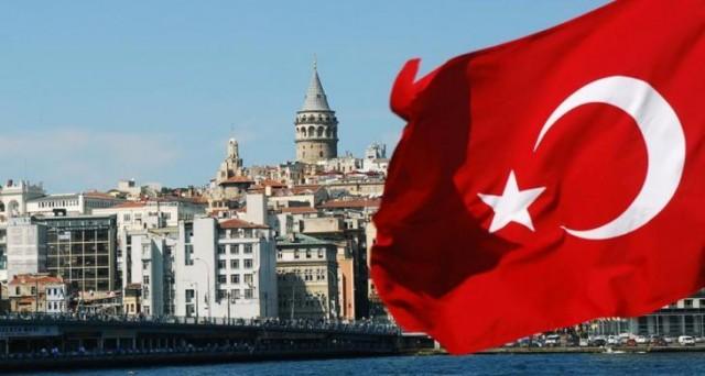 Le obbligazioni della Turchia in Usd a 5 anni rendono il 4,25% (XS1303467077). Economia in ripresa, ma inflazione alta