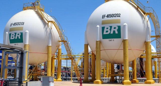 Le obbligazioni Petrobras Global Finance (US71647NAP42, US71647NAQ25) sono negoziabili per importi di 2.000 Usd