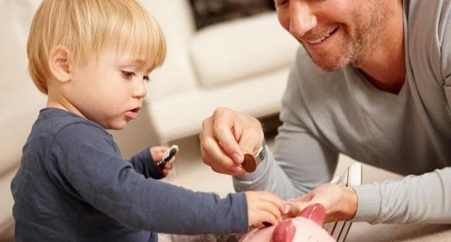 I Buoni Fruttiferi Postali per minorenni sono ancor oggi l'unica forma semplice e sicura per garantire un futuro a figli e nipoti