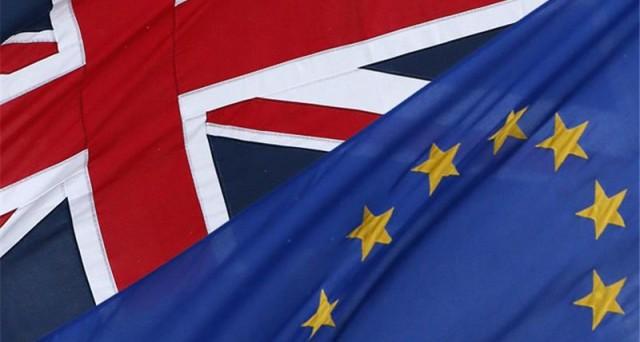 La potenziale uscita della Gran Bretagna dalla Ue (Brexit) riduce la domanda di obbligazioni denominate in sterline