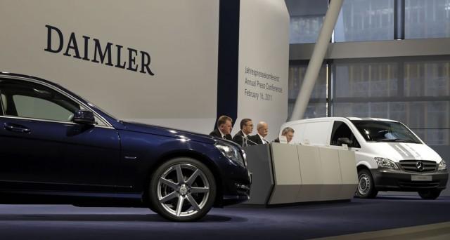 Tre nuovi bond Daimler (DE000A169NC2, DE000A169NB4, DE000A169NA6) sono disponibili da oggi su Borsa Italiana. Tutti i dettagli