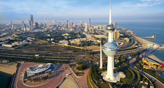 Il Kuwait, in sofferenza come gran parte dei Paesi del Golfo a causa del declino dei corsi del greggio, punta a ricorrere anche al mercato internazionale del debito per aggiustare il suo bilancio. Per questo, secondo quanto dichiarato dal ministro delle Finanze Anas Al-Saleh, si prepara a lanciare un'emissione di titoli denominati in dollari Usa […]