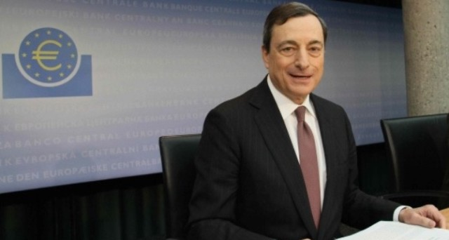 Vendite pesanti sui titoli di stato europei. Per la Bce non ci saranno altri grandi spazi di rialzo dei prezzi e il rendimento del Bund a 10 anni torna positivo
