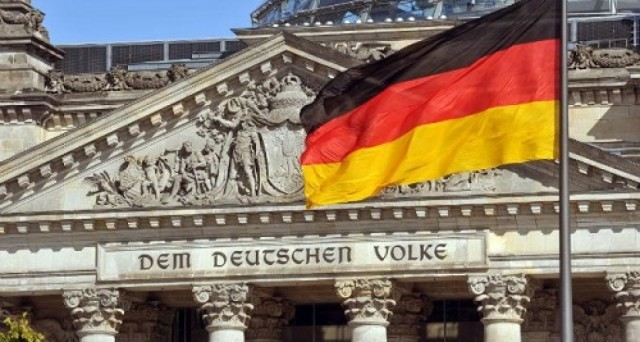 La Germania ha venduto bund decennali con rendimento allo 0,34%, in calo rispetto allo 0,42% dell'emissione precedente