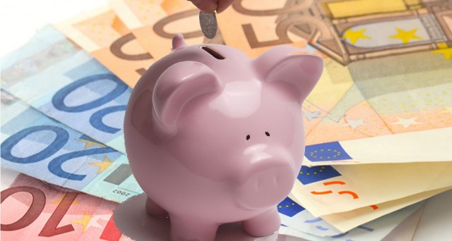 Gli italiani preferiscono lasciare i soldi sul conto corrente rinunciando a investire in attività economiche. Poche le azioni e le obbligazioni in portafoglio