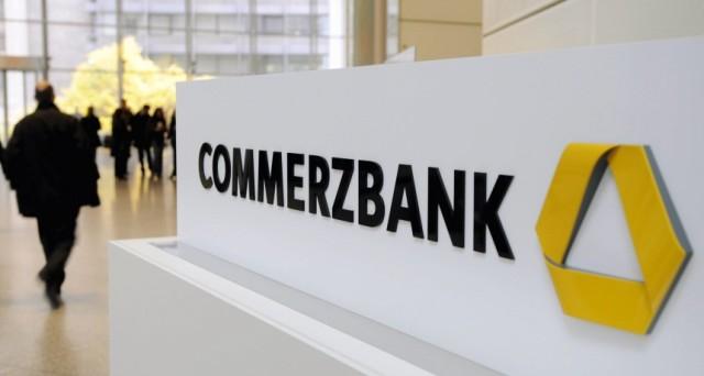 Commerzbank ha collocato un bond subordinato da 500 milioni di euro (DE000CZ40LW5) per i risparmiatori retail. Tutti i dettagli