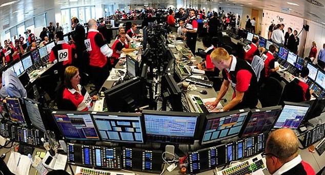 Rendimenti in forte rialzo per i titoli offerti in sta dal Tesoro. Buona la domanda degli investitori. Per gli esperti, c'è valore nei titoli italiani
