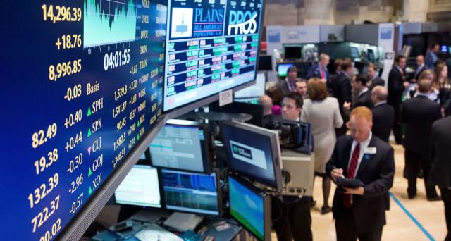 Il Tesoro ha collocato 6 miliardi di euro di Bot a 12 mesi (Isin IT0005311847) con rendimento record negativo. Buona la domanda degli investitori