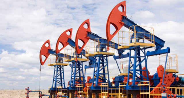 Il Venezuela stringe le relazioni commerciali con le aziende petrolifere, nonostante le sanzioni di Trump. Bond PDVSA 2017 verso il rimborso