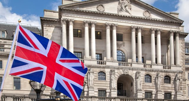 Bank of England ha deciso di lasciare invariato il quantitative easing a 435 mld gbp e gli acquisti di corporate bond fino a 10 mld gbp