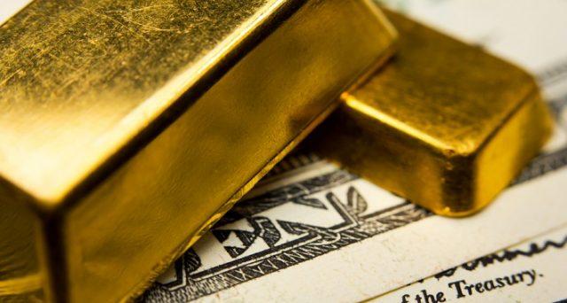 La correlazione fra prezzo dell'oro e tassi d'interesse nominali. I rendimenti dei titoli di stato non seguono i corsi del metallo giallo