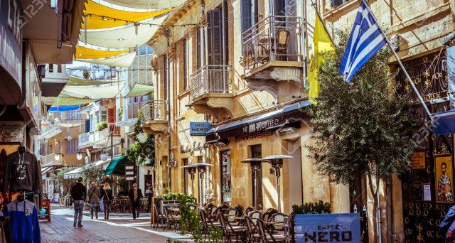 La crisi finanziaria e il crac delle banche a Cipro sono solo un ricordo. Sui mercati finanziari è festa oggi a Nicosia con le due emissioni di bond a media e lunga scadenza, per i quali la domanda ha superato i 9 miliardi.