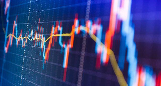 Investire i propri risparmi nei BTp e guardare non al rendimento formale, bensì a quello più semplicemente immediato e ricavato dal rapporto tra cedola e investimento? Il trentennale supera gli altri bond longevi.