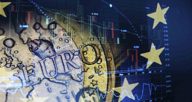 Solo una categoria di bond in euro sarebbe in grado di fare paura realmente all'America di Trump, suscitando l'interesse crescente della Cina, a tutto discapito dei Treasuries.