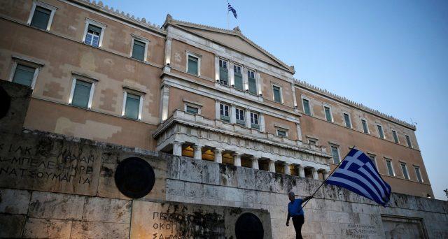 Le obbligazioni di stato della Grecia hanno reso fino al 50% dell'investimento in pochi mesi. Il rally dei bond continua sulla