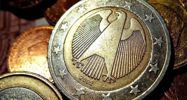 Bund a 30 anni senza cedola domani all'asta in Germania per la prima volta nella storia. Il mercato si butterà nel bene rifugio o valuterà i rischi? E quali sono questi ultimi?